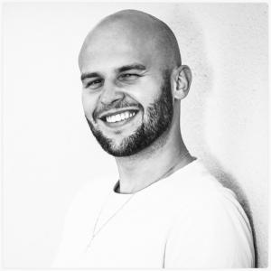 """Profilbild von Julian Pokrant - Inhaber der burghauser Werbeagentur """"Mediengestaltung Pokrant"""""""